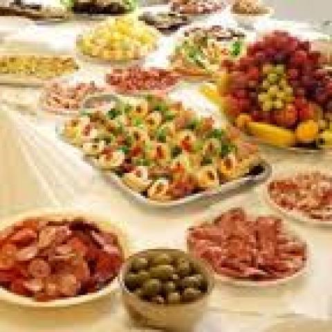 Services traiteur et plats de midi livrés: richesses gourmandes des entrepreneuses accompagnées par Essaim