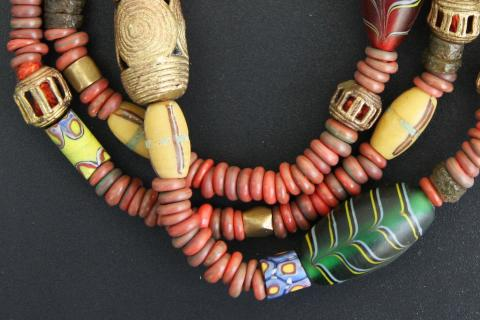 Stage bijoux de perles et accessoires