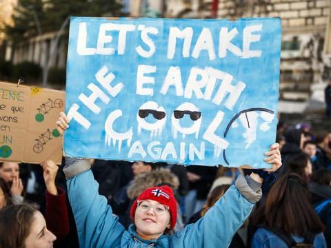 Des milliers de jeunes dans les rues lors de la grève pour le climat - Communiqué de Climat strike
