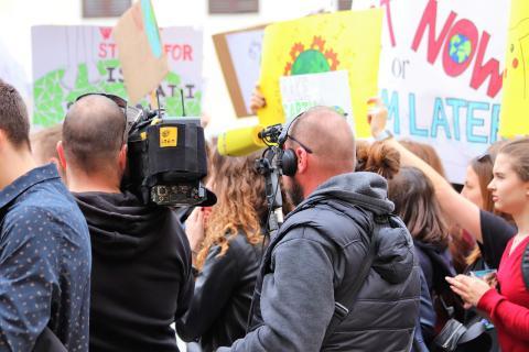Climat : les jeunes se mobilisent pour notre avenir à tous - article par René Longet