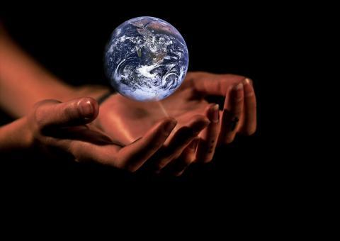 Économie de la durabilité, la solution pour une planète viable et durable? - Article de René Longet