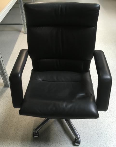 Vous avez besoin de meubles de bureau ? On vous les offre !