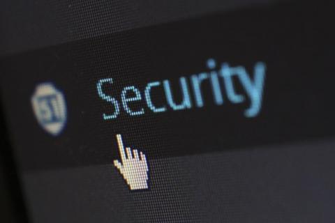 """""""Répondre à un captcha, c'est travailler gratuitement pour Google"""" - Article de la RTS"""
